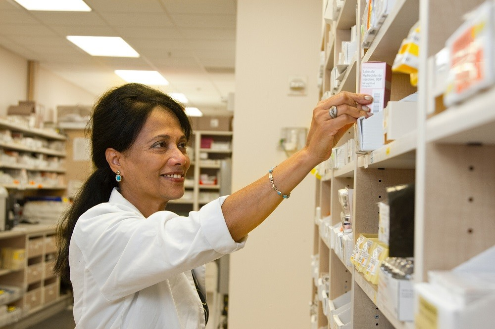 medication courier service in connecticut